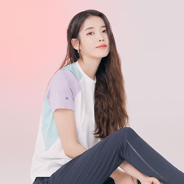 M라이트러닝티셔츠S(여성) 야크아이스 아이유 착장